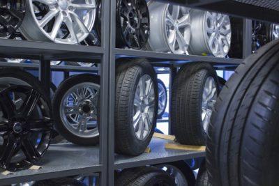 Commercio digitale la creazione di un e-commerce per la vendita di pneumatici